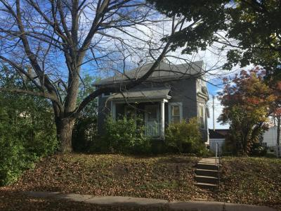 Photo of 1902 S 75th St, West Allis, WI 53219