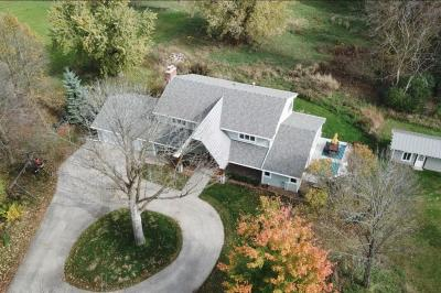 Photo of 938 N Griffith Rd, Summit, WI 53066