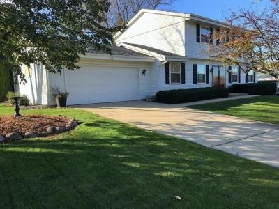 Photo of 8125 S Forest Meadows Dr, Franklin, WI 53132