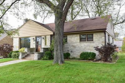 Photo of 2781 S 76th St, West Allis, WI 53219