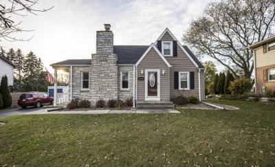 Photo of 2721 S 76th, West Allis, WI 53219