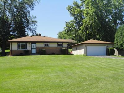 Photo of 11425 W Coldspring Rd, Greenfield, WI 53228