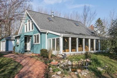 Photo of 280 High Forest Dr, Grafton, WI 53012