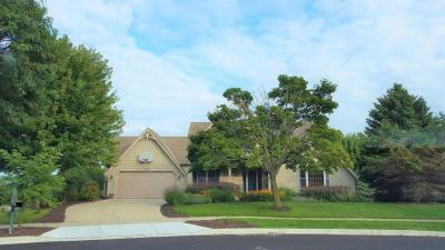 Photo of 1109 Cottonwood Ct, West Bend, WI 53095