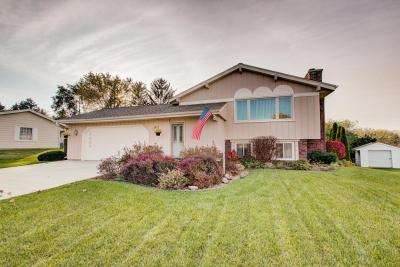 Photo of 7969 S 59th St, Franklin, WI 53132