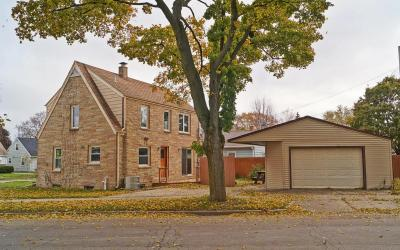 Photo of 1465 S 94th St, West Allis, WI 53214