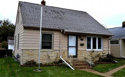 Photo of 1426 Manistique Ave, South Milwaukee, WI 53172