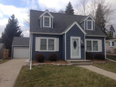 Photo of 1142 N 8th Ave, West Bend, WI 53090