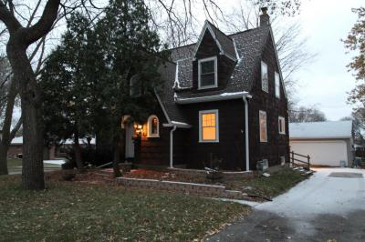 Photo of 2481 S 95th St, West Allis, WI 53227