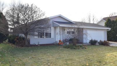 Photo of 363 Cleveland Ave, Hartford, WI 53027