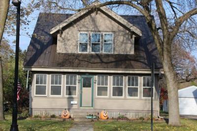 Photo of 850 W Wisconsin Ave, Oconomowoc, WI 53066
