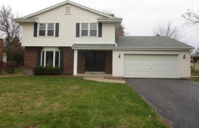 Photo of 14980 W Fenway Dr, New Berlin, WI 53151