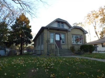 Photo of 8521 W Arthur Ave, West Allis, WI 53227