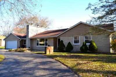 Photo of 4540 N 161st St, Brookfield, WI 53005