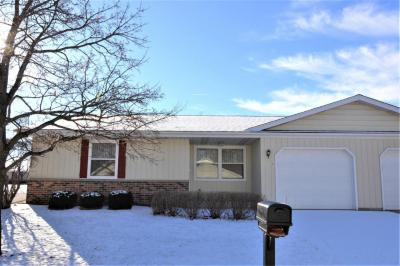 Photo of 1913 Hilltop Dr, West Bend, WI 53095