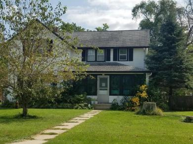 118 N Main St, North Prairie, WI 53153