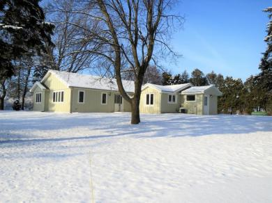 9300 18th St, Somers, WI 53144