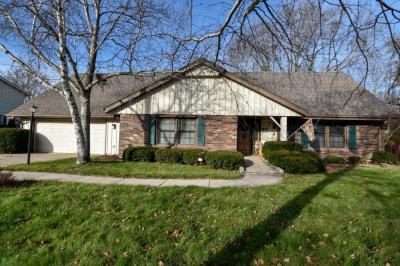 Photo of 8936 Greenacre Ct, Greendale, WI 53129