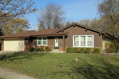 640 E Marion Ct, Oak Creek, WI 53154