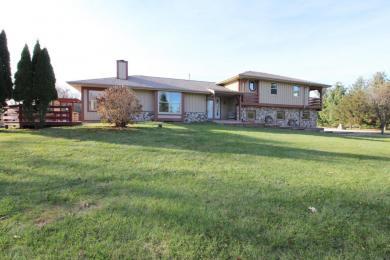 W298N8813 Camp Whitcomb Rd, Merton, WI 53029