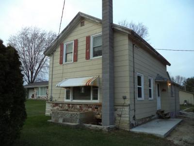 Photo of 678 County Road H, Farmington, WI 53021