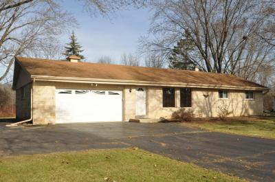 Photo of N109W15352 Lyle Ln, Germantown, WI 53022