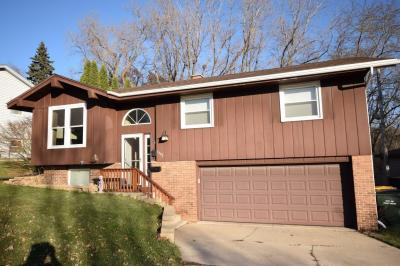 Photo of 1343 N 10th Ave, West Bend, WI 53090
