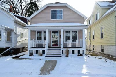 Photo of 3659 E Underwood Ave, Cudahy, WI 53110