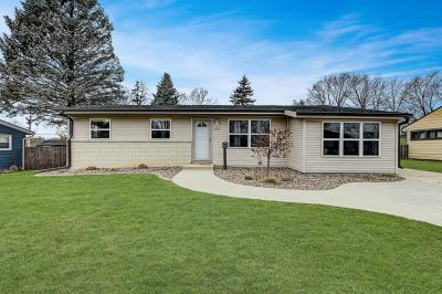 Photo of 634 Pleasant Dr, West Bend, WI 53095