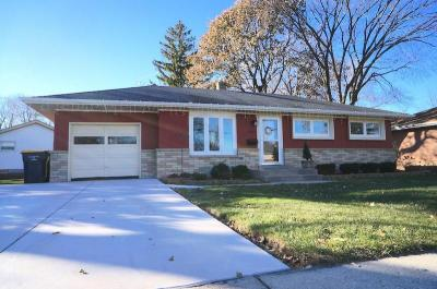 Photo of 9911 W Dakota St, West Allis, WI 53227