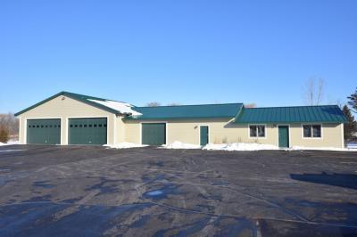 Photo of 2110 Washington Ave, Cedarburg, WI 53012