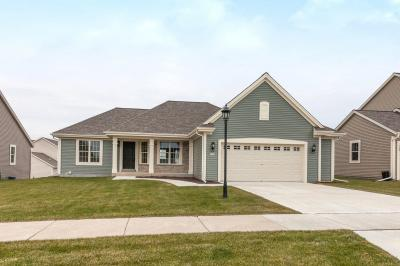 Photo of 1740 Aster St, Port Washington, WI 53074