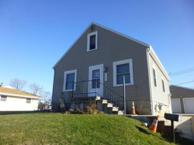 Photo of 6244 S Robert Ave, Cudahy, WI 53110