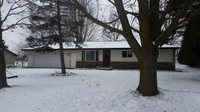 Photo of 210 S Grant St, Howards Grove, WI 53083