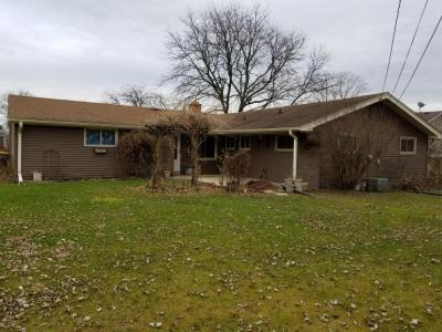 Photo of 3321 S 122, West Allis, WI 53227