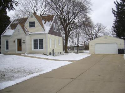 Photo of 3920 S Town Rd, New Berlin, WI 53151