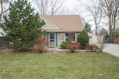 Photo of W171S7186 Lannon Dr, Muskego, WI 53150