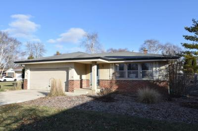 Photo of 972 13th Ave, Grafton, WI 53024