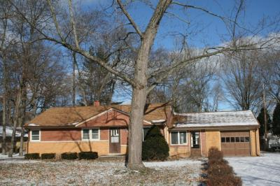 Photo of 14510 W Gatewood Dr, New Berlin, WI 53151
