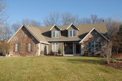 Photo of 4570 S Mary Ln, New Berlin, WI 53151