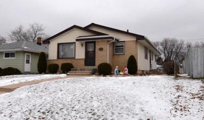 Photo of 4550 S 49th St, Milwaukee, WI 53220