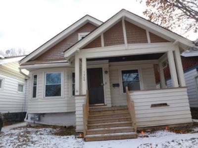 Photo of 1360 N 42nd St, Milwaukee, WI 53208