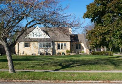 Photo of 109 N 89th St, Wauwatosa, WI 53226