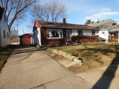 Photo of 2469 S 95th St, West Allis, WI 53227