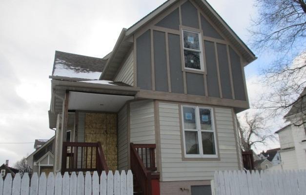 2341 N Holton St #2345, Milwaukee, WI 53212