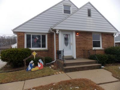 Photo of 3223 E Waterford Ave, St Francis, WI 53235