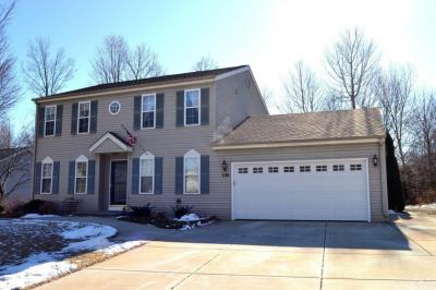 Photo of 215 Hargrove Pl, West Bend, WI 53095