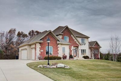 Photo of 761 Cheviot Dr, Pewaukee, WI 53072