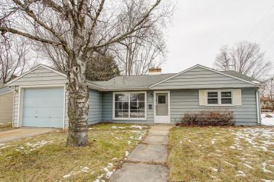 Photo of 248 Hawthorn Dr, West Bend, WI 53095