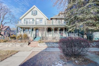 Photo of 2202 E Webster Pl, Milwaukee, WI 53211